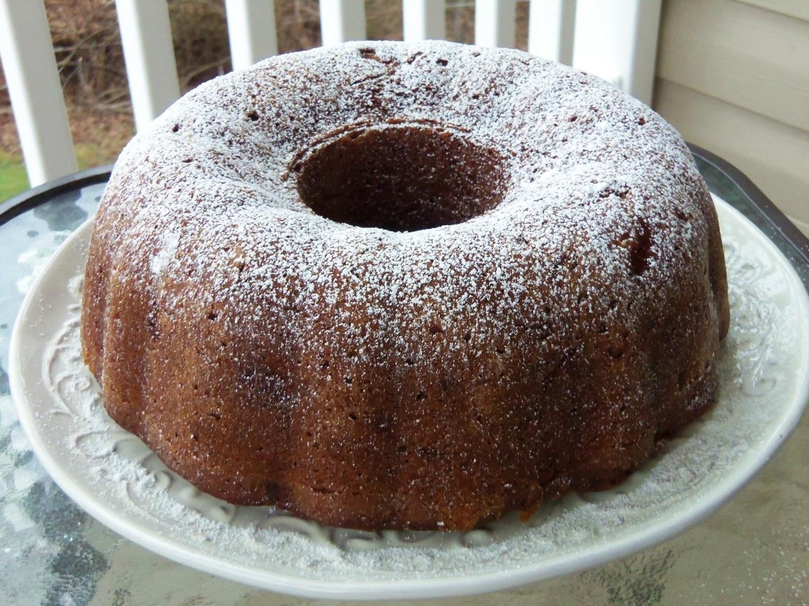 Simply Romanesco: Spiced Apple-Walnut Cake
