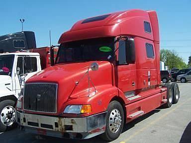 videos de camiones volvo nh12 rojo