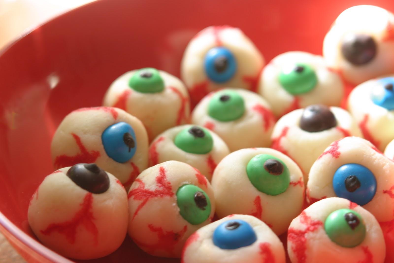 Recettes halloween yeux litchi - Idee repas halloween ...