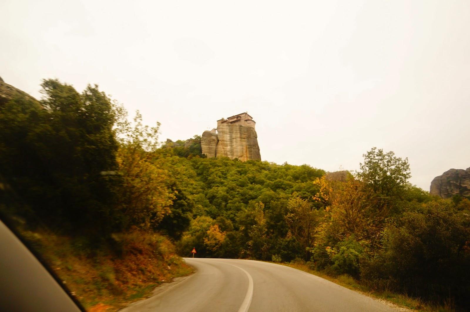 Святой-Варвары-Монастырь