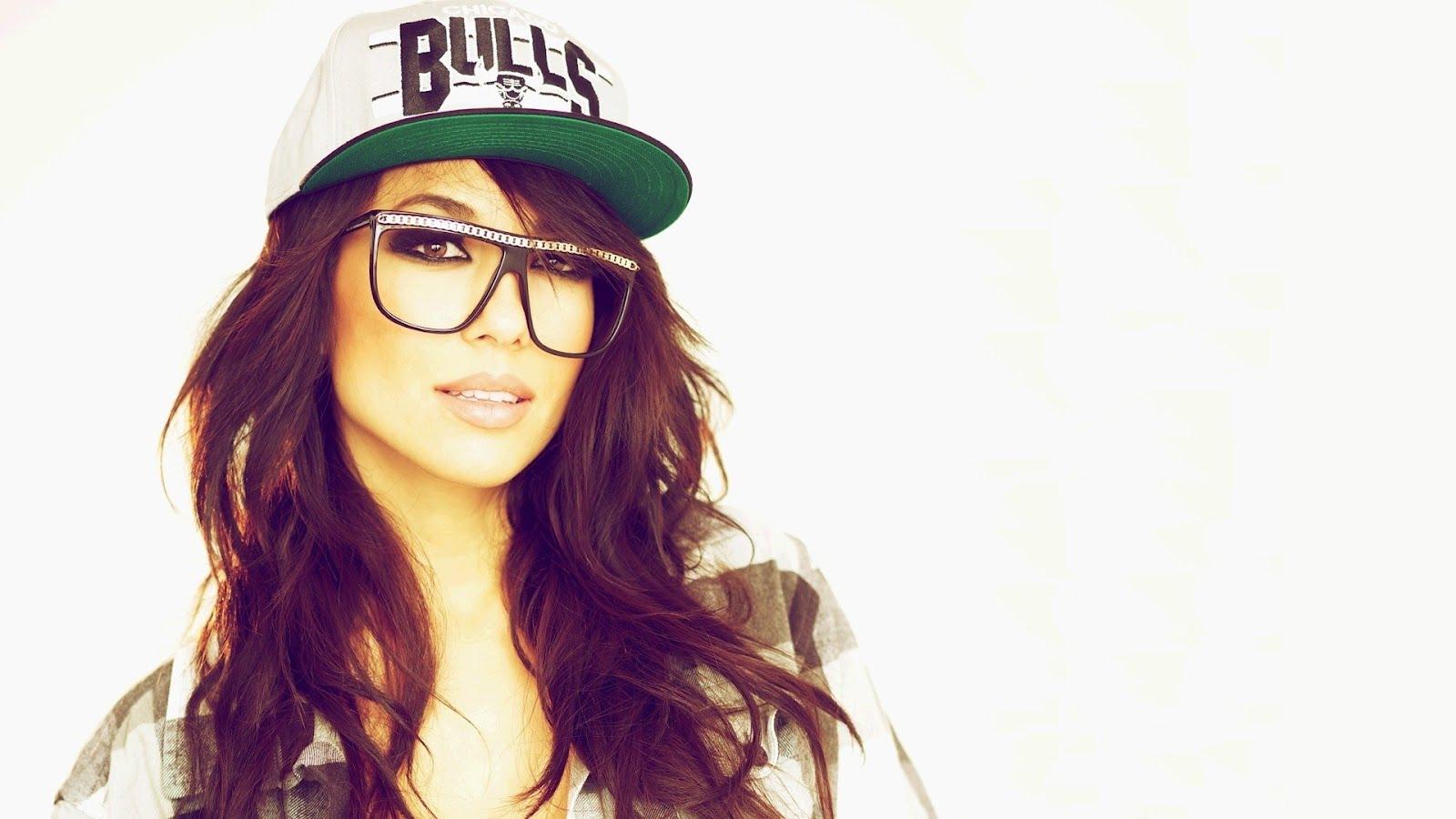 Красивата DJ-ка Alie Layus, HD Wallpaper