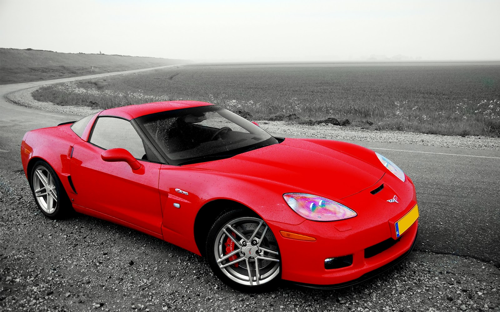 http://1.bp.blogspot.com/-7zZkvekGq00/T-2PFLrihXI/AAAAAAAAAg8/spmEUHYxyHc/s1600/chevrolet+corvette+z06+%287%29.jpg
