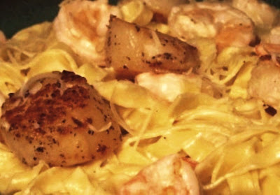 Fettuccine Alfredo with Sea Scallops and Shrimp