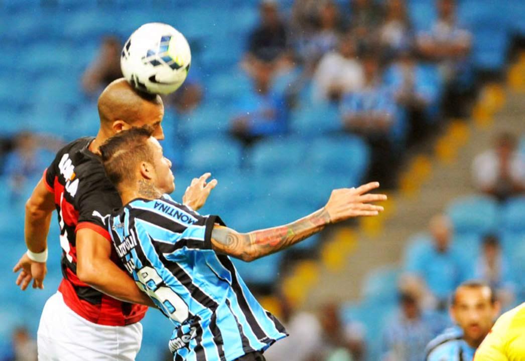 http://questoeseargumentos.blogspot.com.br/2014/11/com-gol-contra-gremio-bate-vitoria-e.html