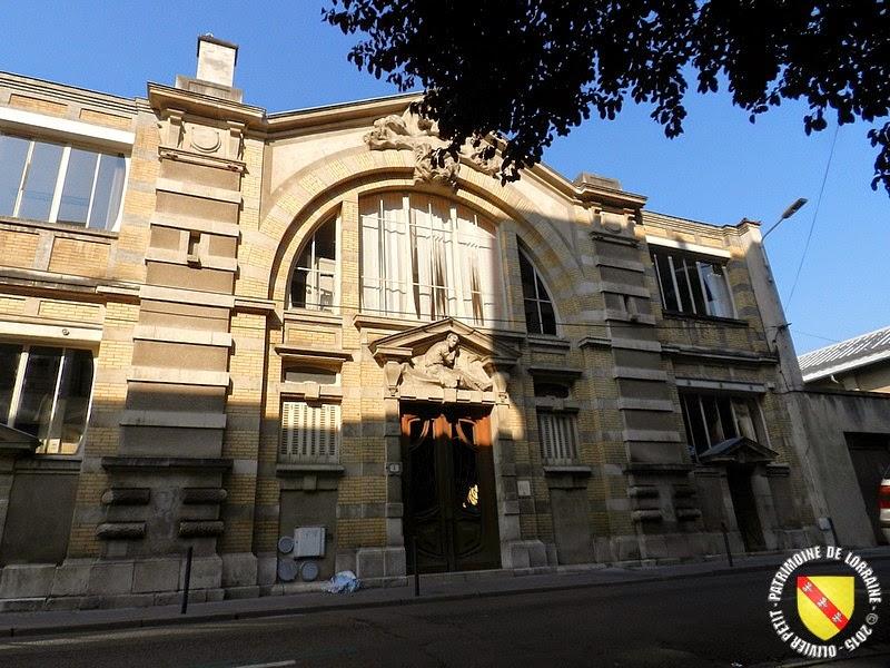 Stunning nancy maison du peuple with maison nancy for Une autre maison nancy