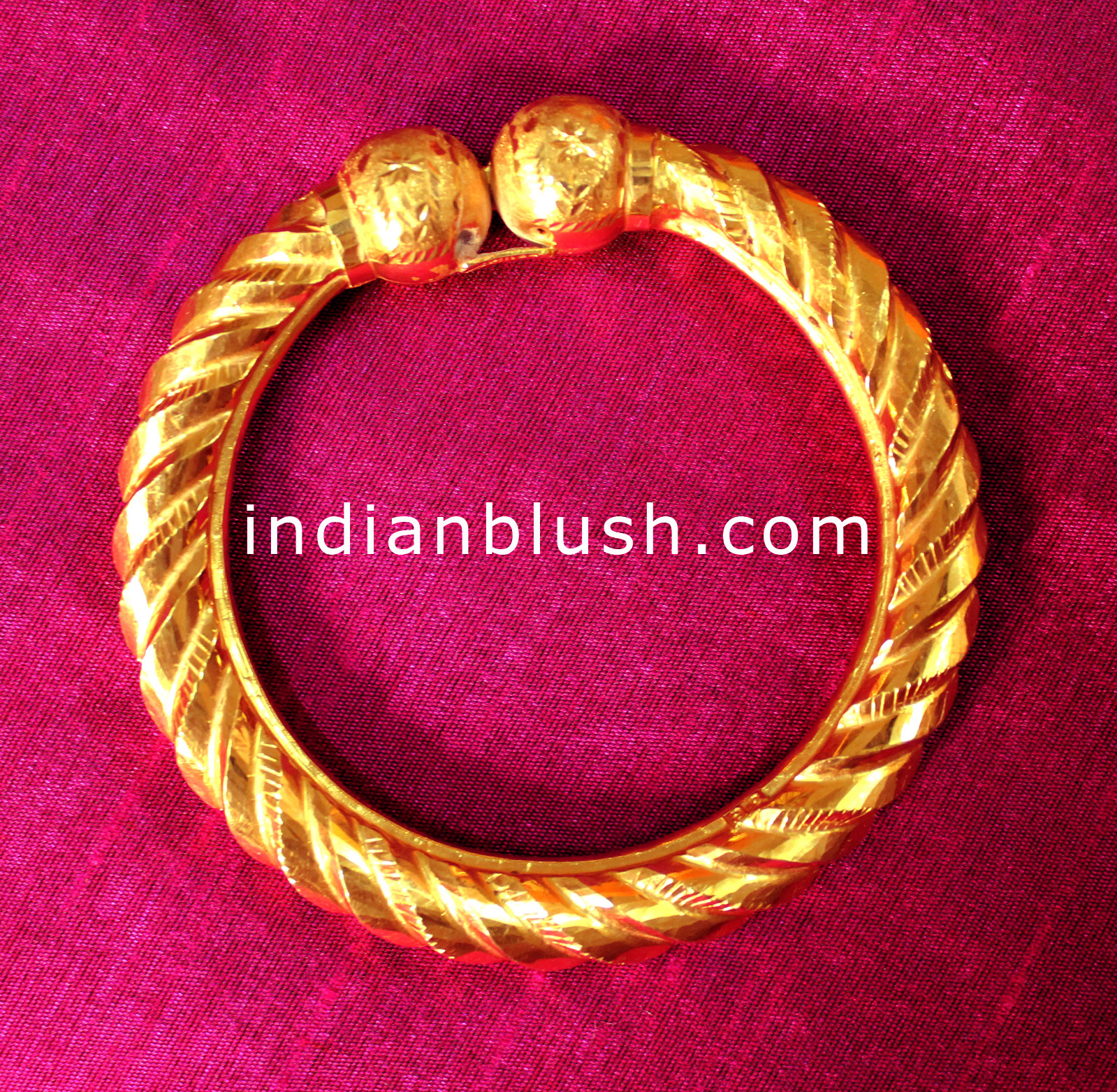 haram and indian earrings jewellery gold designs
