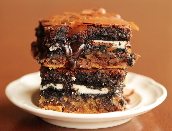 ... Fun Mom: Things I Love Thursday: Chocolate Chip Oreo Brownie Bars
