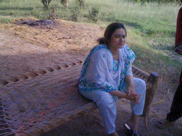 Local Pakistani Villages Hot Girls Bold Photos