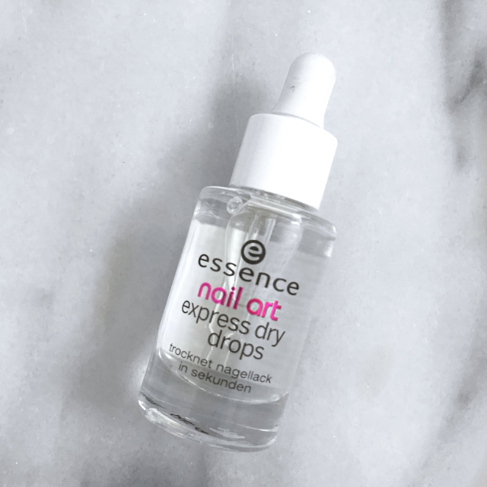 Jessleonh My Nail Polish Breakthrough Essence Express Dry Drops
