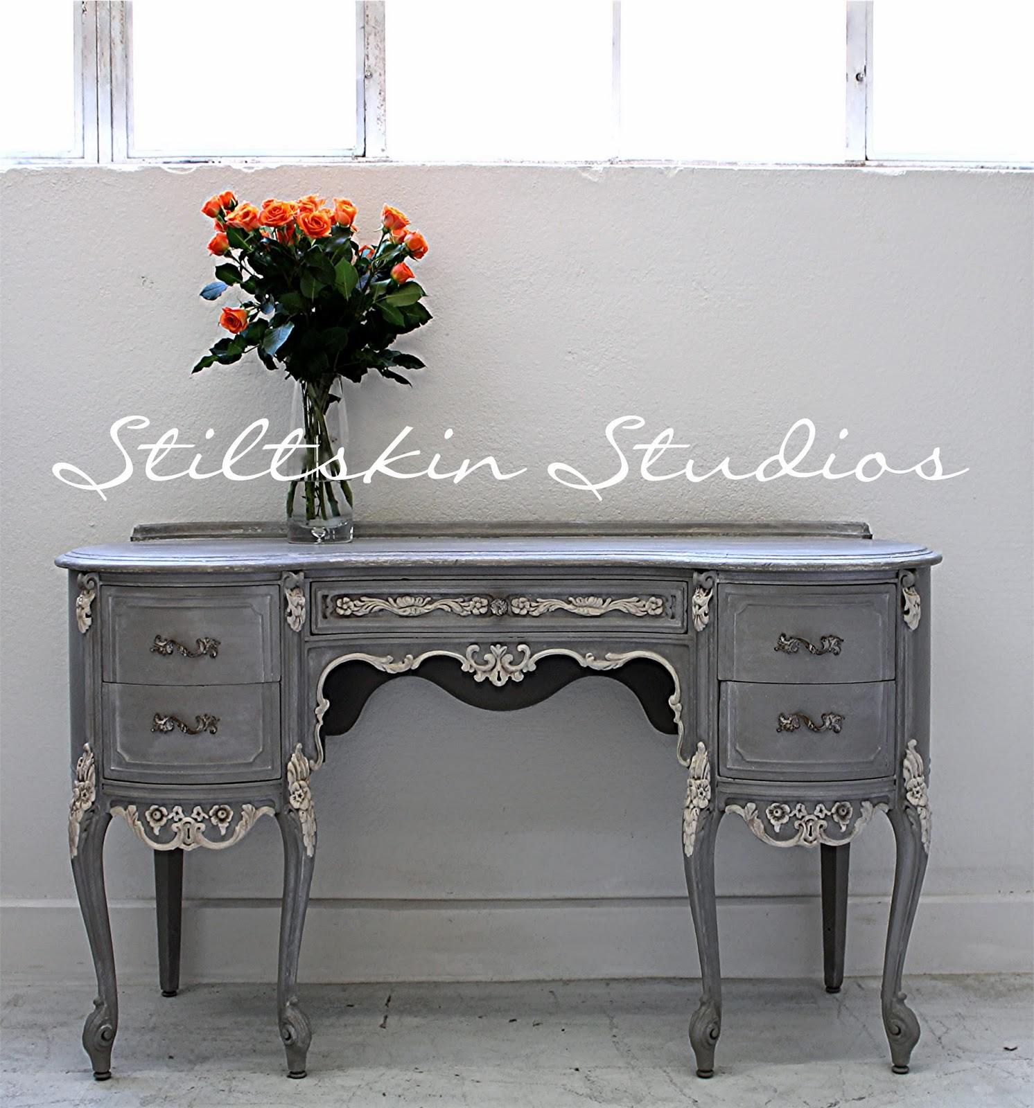 We Used One Step Paint From Amy Howard At Home In Selznick Grey