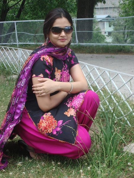 hd-quality-images-of-young-pakistani-nude-girls