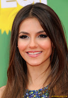Victoria Justice Nickelodeon's 24th Annual Kids' Choice Awards at Galen Center