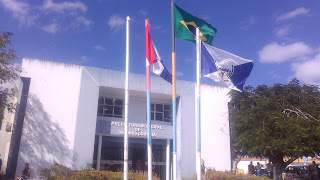 Governo Municipal cobra execução do sistema de esgotamento sanitário em Delmiro Gouveia