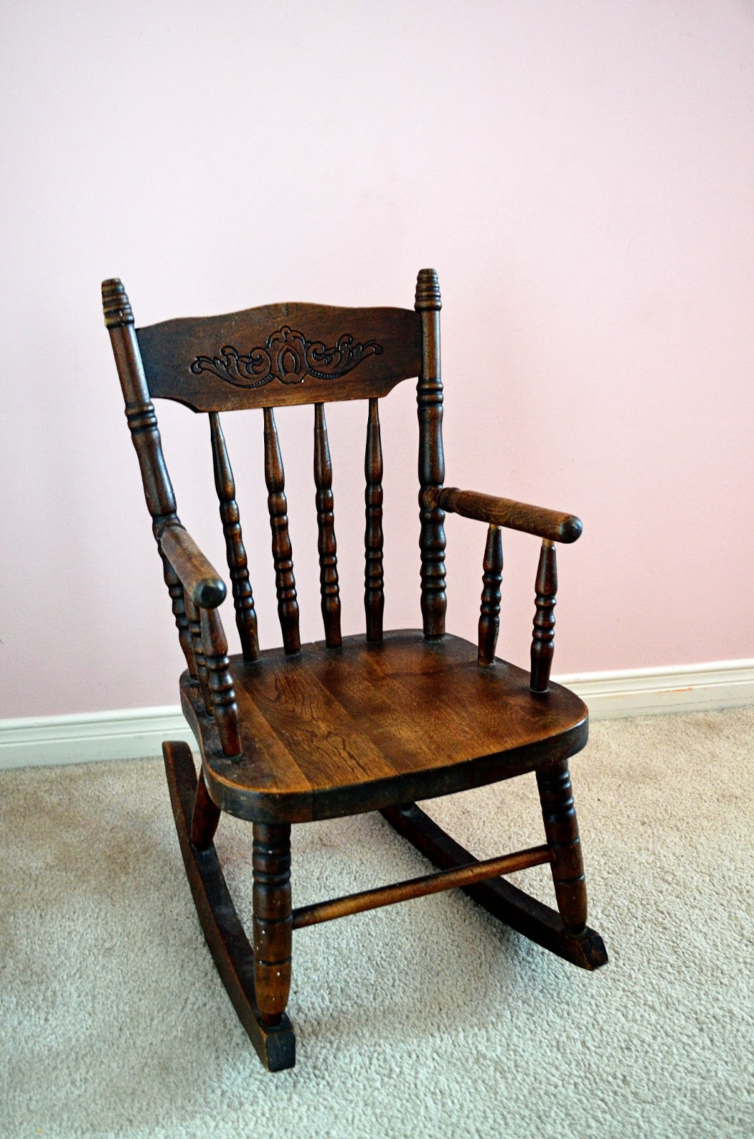 This weekend, my family reminded me that I had yet to share a look at a  couple of little treasures my mom gave to us. This antique child-sized rocking  chair ... - Woman In Real Life:The Art Of The Everyday: Antique Chairs