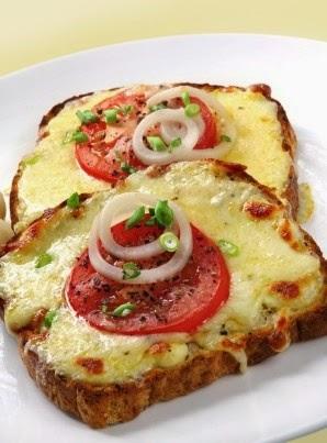 Healthy Mozzarella and Tomato Toast Recipe