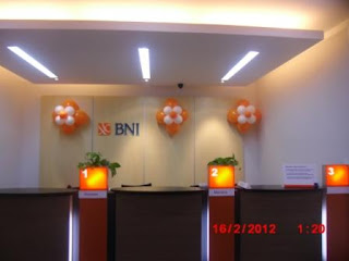 dekorasi balon gate BANK BNI 3