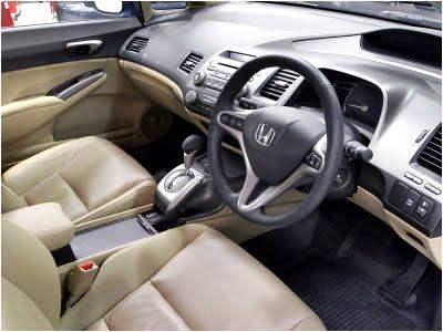 http://1.bp.blogspot.com/-8-qpghk912U/Ti1m1gVU8jI/AAAAAAAAANI/HE0aBliezUs/s1600/honda+civic+hybrid+interior.jpg