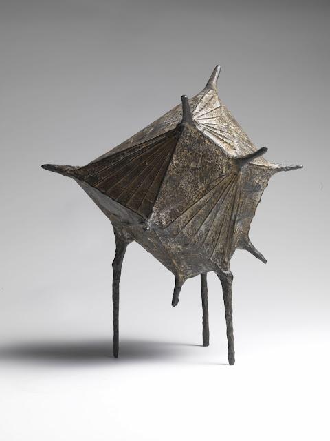 Lynn Chadwick esculturas