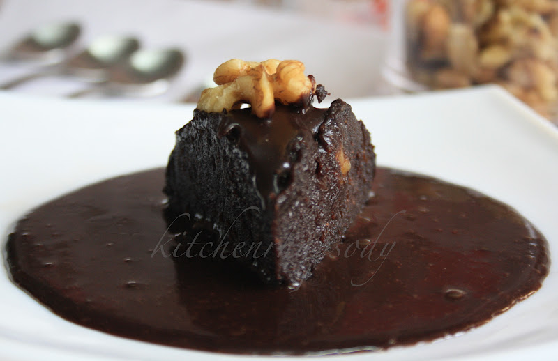 KITCHEN RHAPSODY: Steamed Chocolate Pudding with Chocolate Sauce