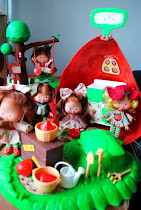 Coleção Boneca Moranguinho e sua Turma