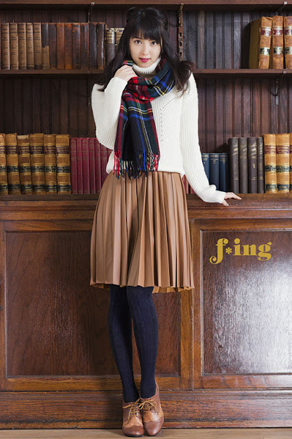 佐々木希 Nozomi Sasaki f*ing Autumn Collection Photos 7
