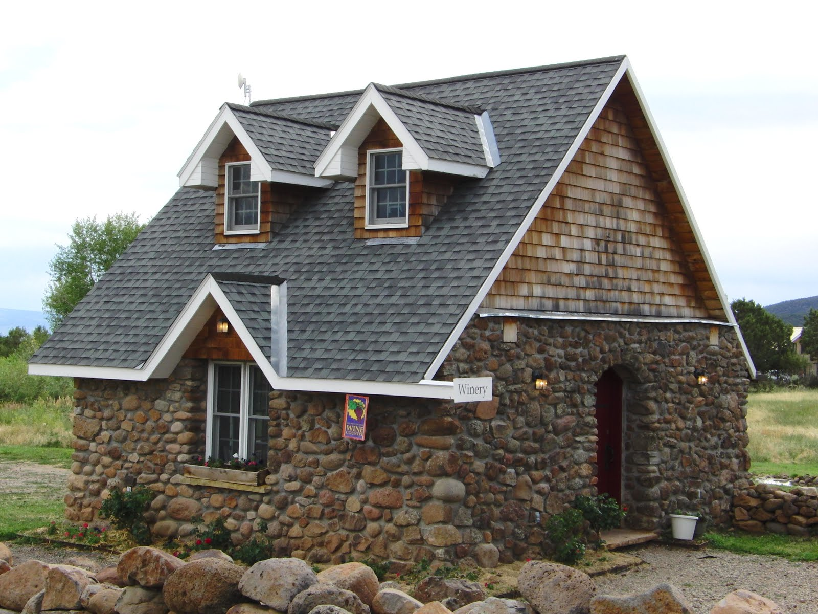 Smart placement small stone cottages ideas building for Small stone cottage