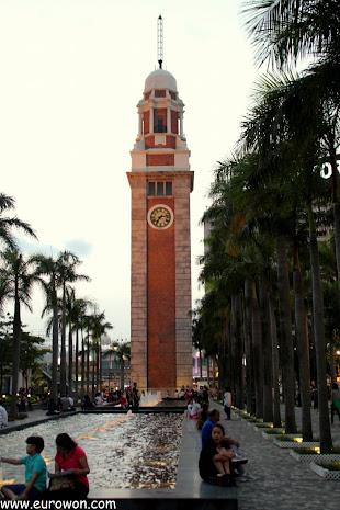 Torre del Reloj de Hong Kong al atardecer