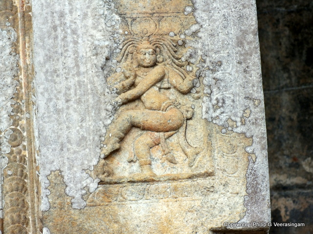 Images of sri lanka on spot stone carvings at the