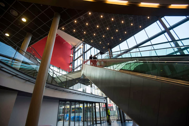 06-Tivoli-Vredenburg-by-Architectuurstudio-HH