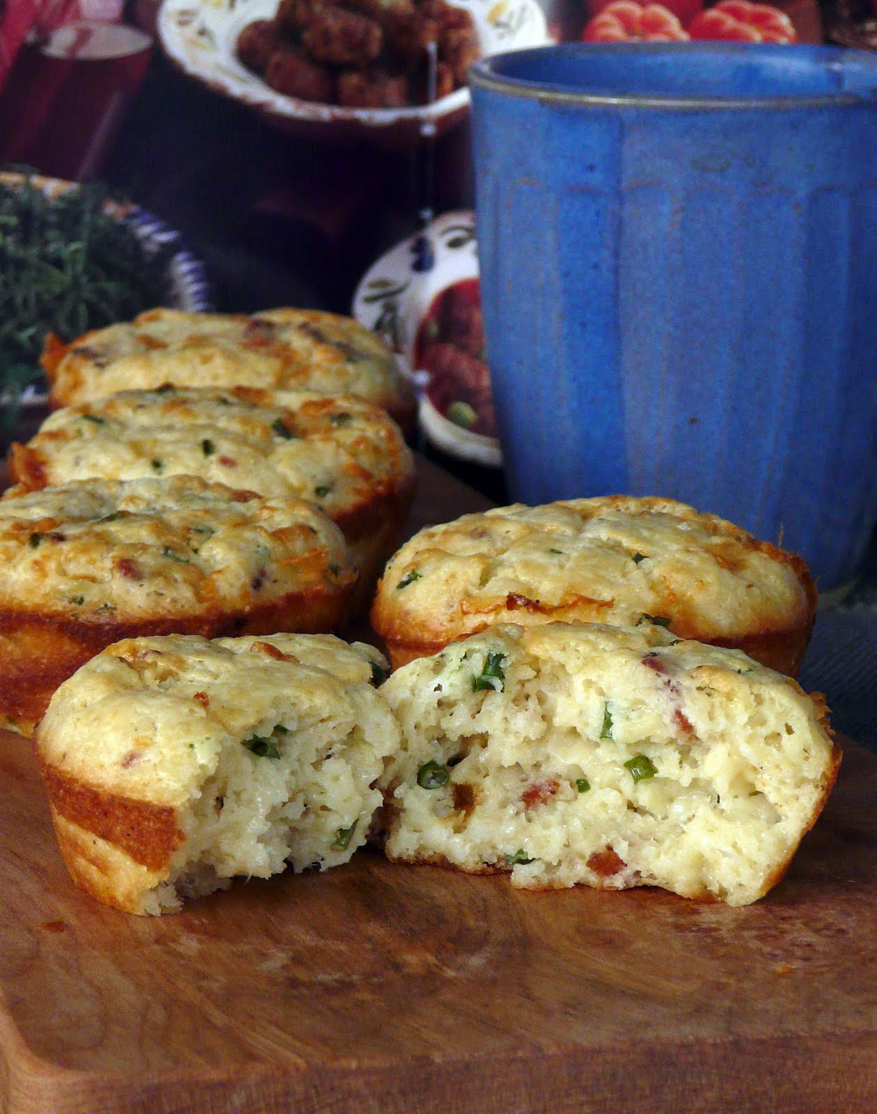 Thibeault's Table: Bacon, Cheddar and Chive Muffins