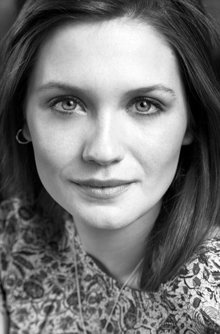 Sarah Dunn: Bonnie Wright portfolio