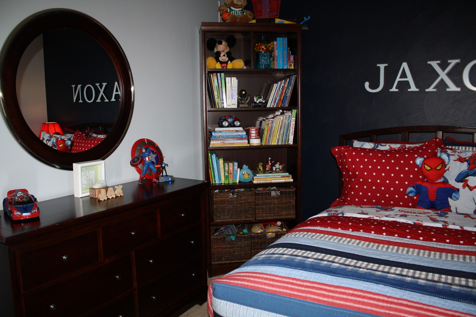 Pottery barn trash can - Can You Spot The Build A Bear Dressed Up Like Spiderman The Bedding Came From Pottery Barn