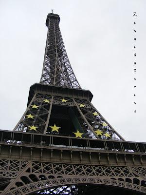 paris-turnul-eiffel-ziua