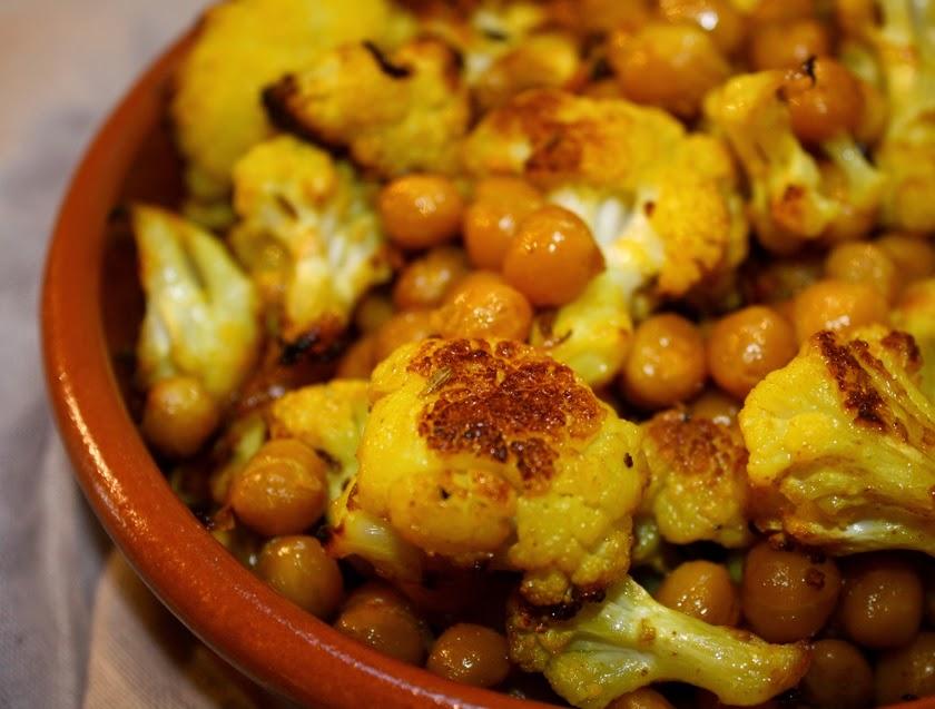 Couve-Flor e Grão-de-Bico Assados com Especiarias (vegana)