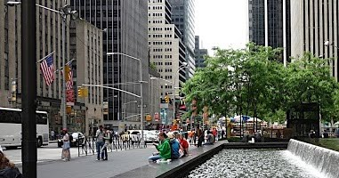 A Walking Guide to Sixth Avenue