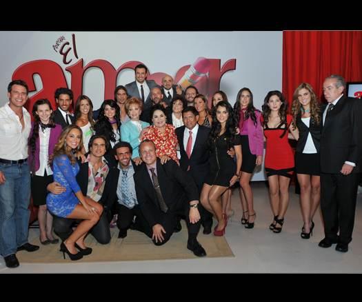 Fotos del elenco de Porque El Amor Manda, protagonizado por Fernando ...
