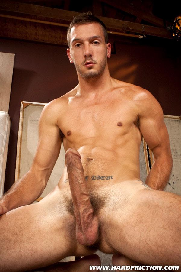 fotos+gay+solo+boys+moreno+gsotoso+mega+dotado+pau+duro.jpg