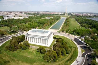National Mall and Memorial Parks (Best Honeymoon Destinations In USA) 9