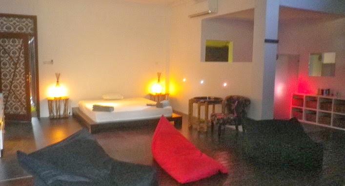 massage parlor hidden
