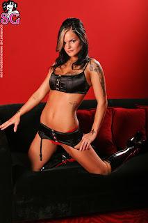 Hot ladies - Dahlia_%2528SG%2529_VIP_Room_04.jpg