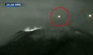 Sosok UFO Muncul Dikawah Gunung Berapi di Meksiko