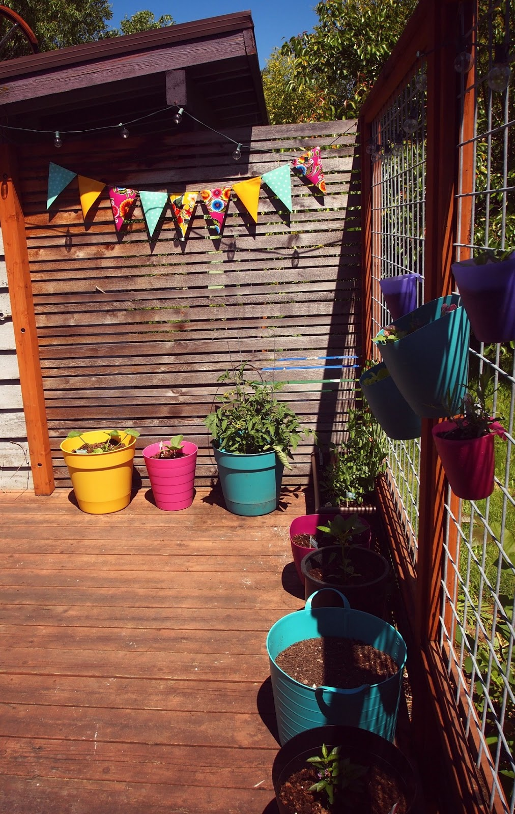 new wave domesticity an easy diy outdoor bunting