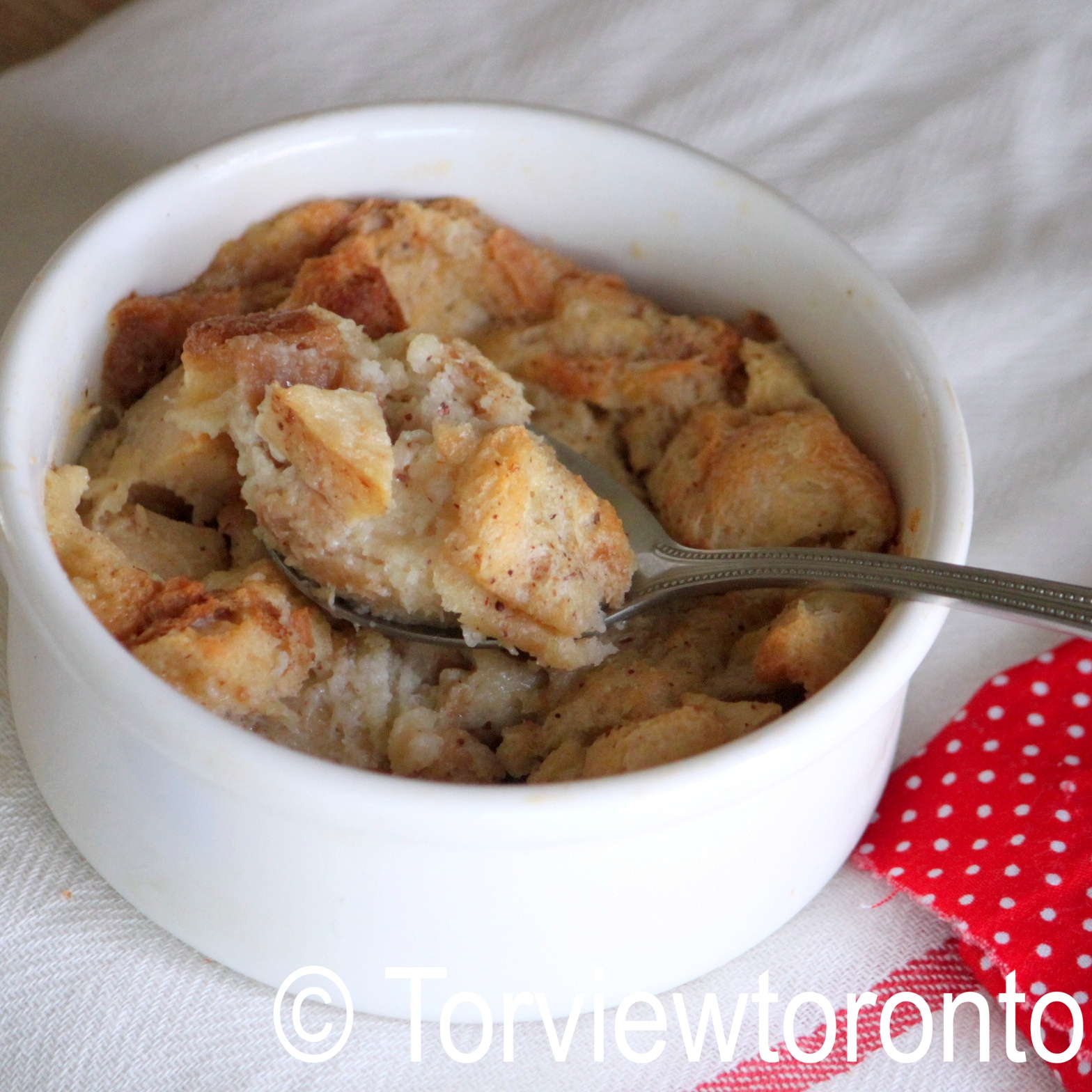 Torviewtoronto: Apple cinnamon bread pudding and butter bell crock