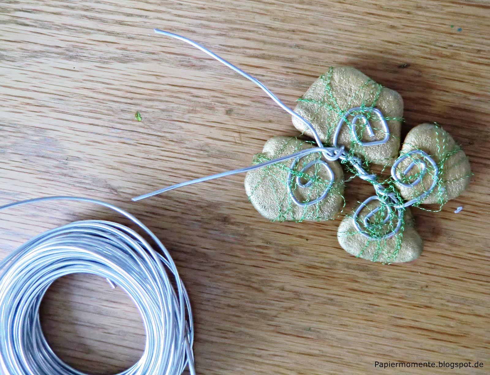 Wiola\'s Papiermomente .: ❤ Schmetterling - Basteln mit Steinen ❤