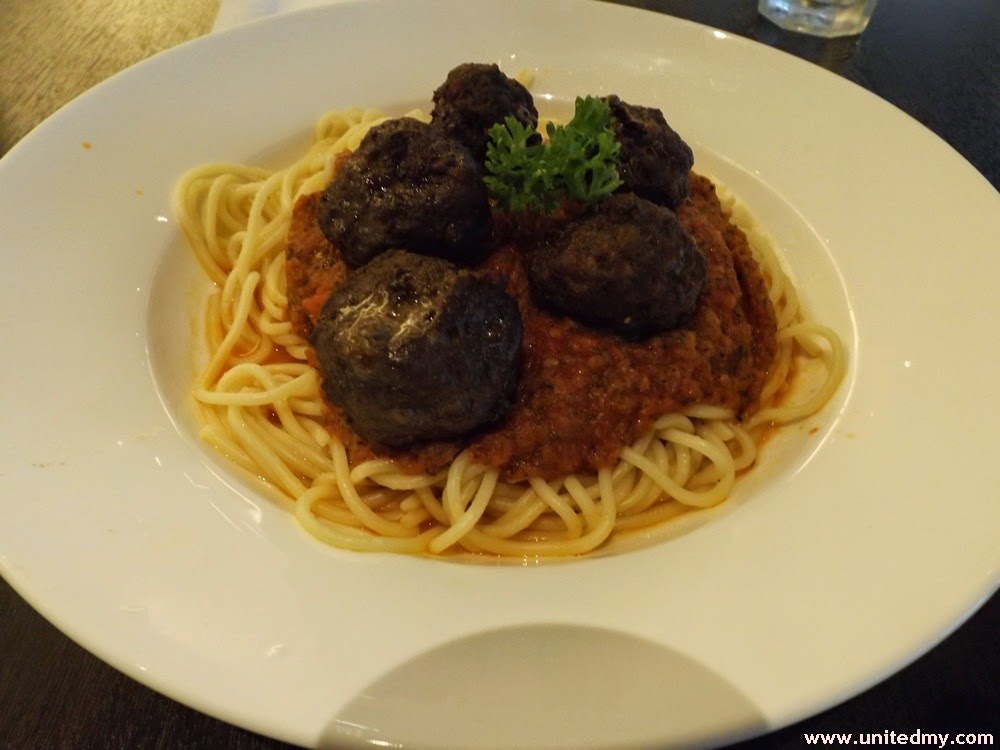 Beef Meatball Spaghetti