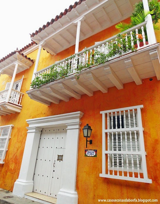 Arte e decora o incr veis fachadas coloridas Catalogo de fachadas de casas