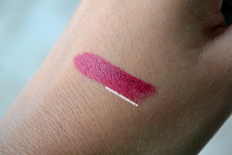Rimmel London Urban Bohemian Kate Moss Lipstick 30 31