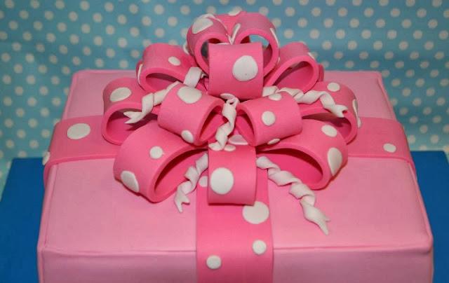 bow cake Gift Box tarta con forma de caja de regalo de fondant con lazo multiple cumpleaños chica rosa