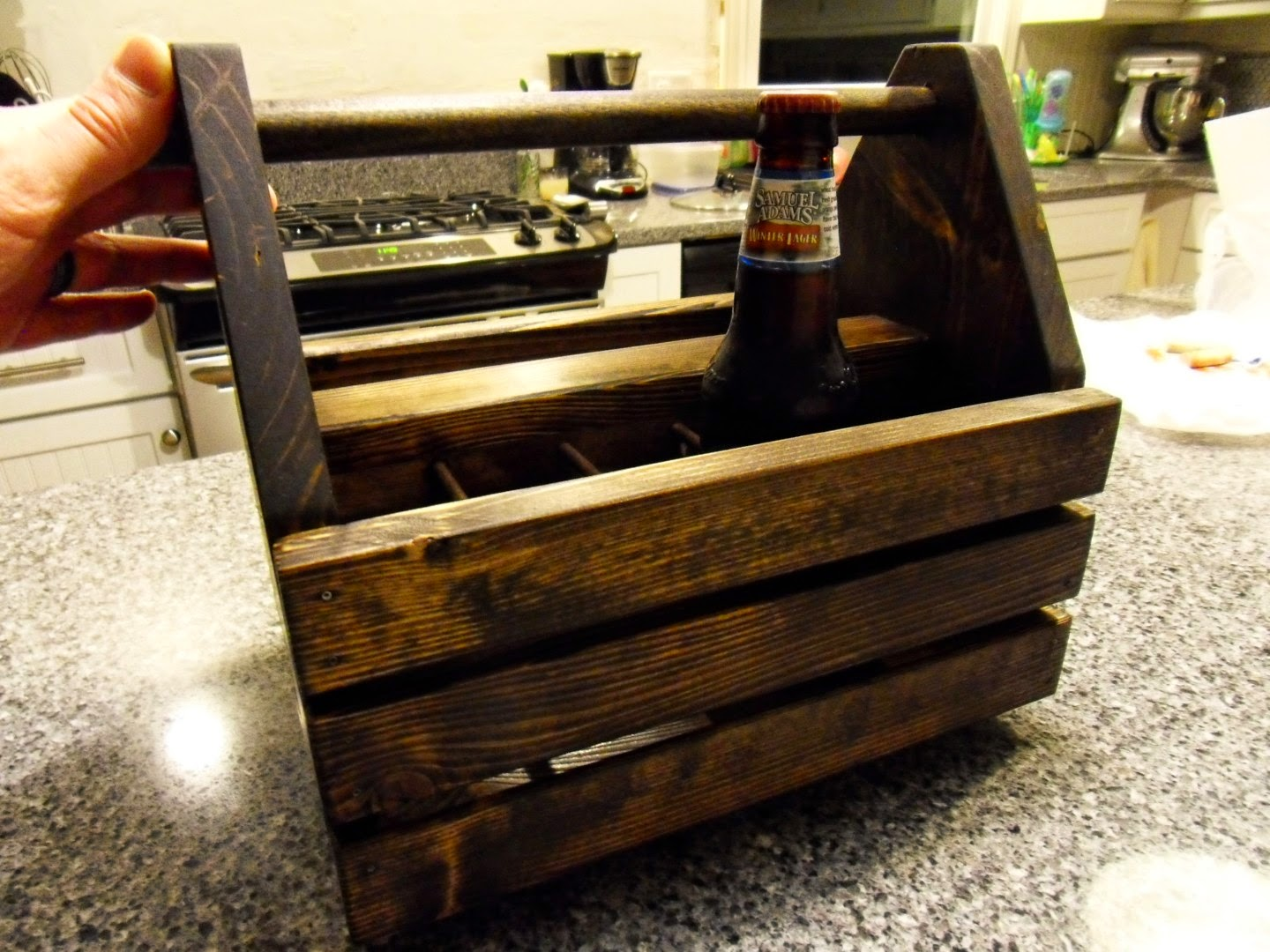 diy wood beer carrier
