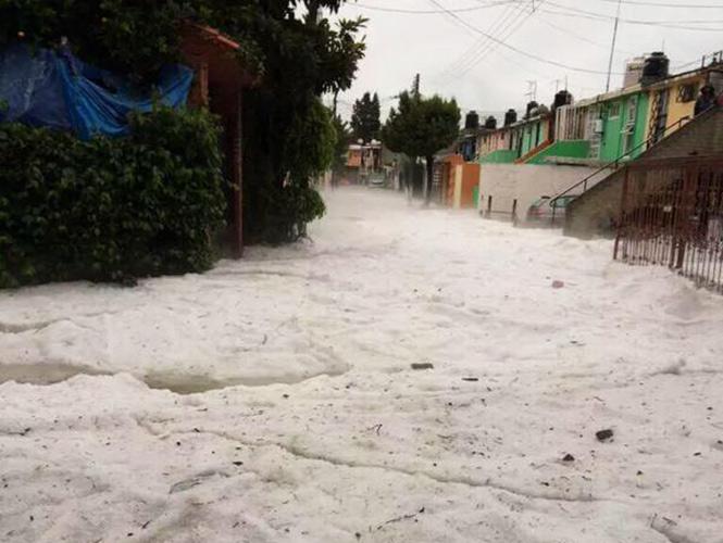 TORMENTA DE GRANIZO EN EL ESTADO DE MEXICO DEJA AL MENOS 3 MUERTOS